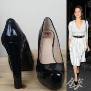 Pour La Victoire Irina Platform Leather Heels EUC